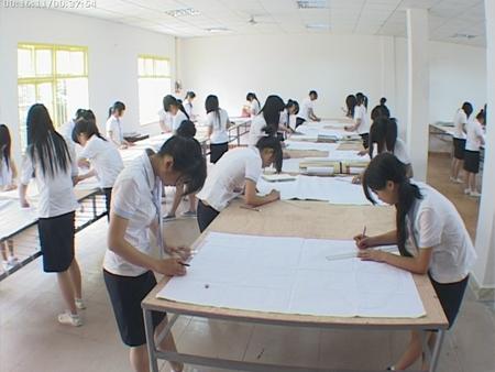 邵阳服装设计培训学校--高级纸样课